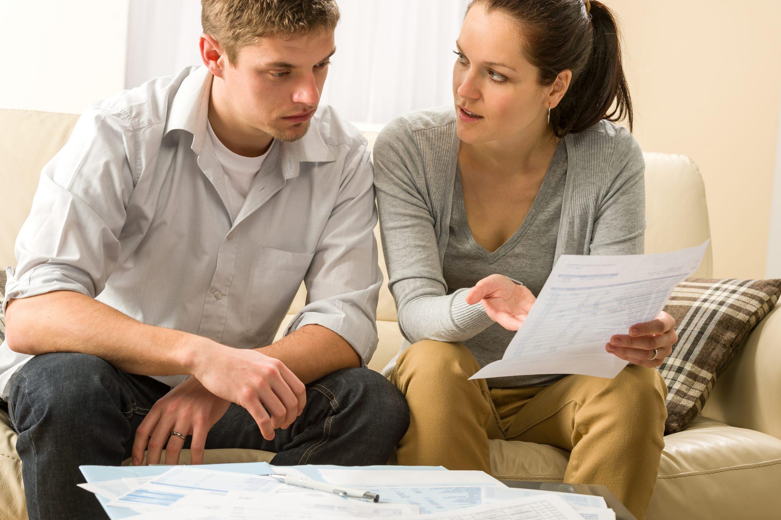 Kredyt gotówkowy bez prowizji, ale z ubezpieczeniem? Kiedy to się opłaca
