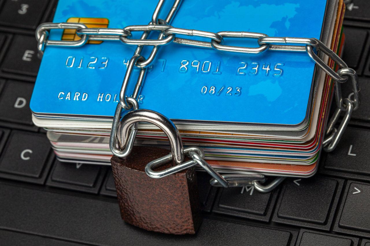 5 największych zalet korzystania z Systemu Zastrzegania Kart
